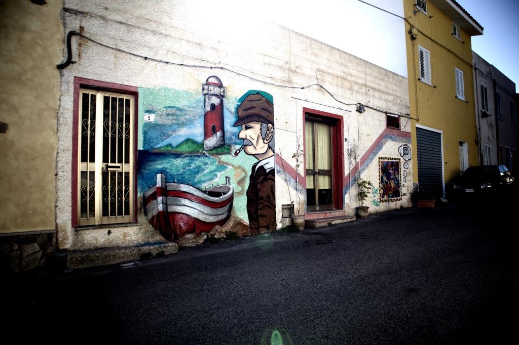 Murales in Santa Lucia